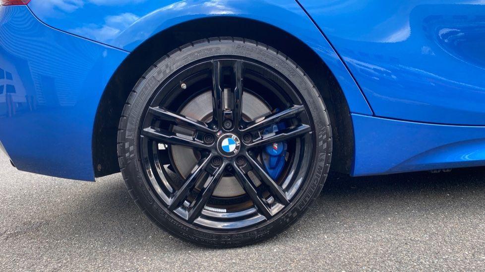 Image 14 - BMW M140i Shadow Edition 5-door (ME19OLM)