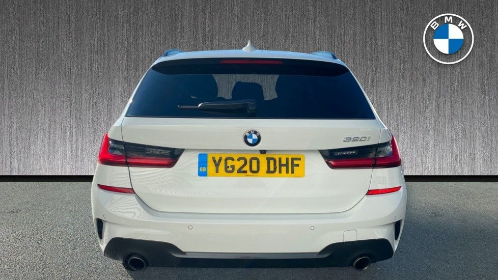 Image 15 - BMW 320i M Sport Touring (YG20DHF)