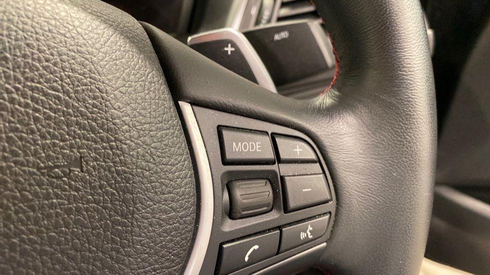 Image 9 - BMW 220i Sport Coupe (YG69GFJ)