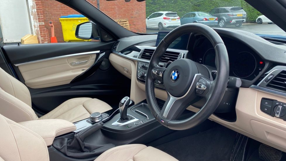 Image 5 - BMW 335d xDrive M Sport Shadow Edition (MJ68PXK)