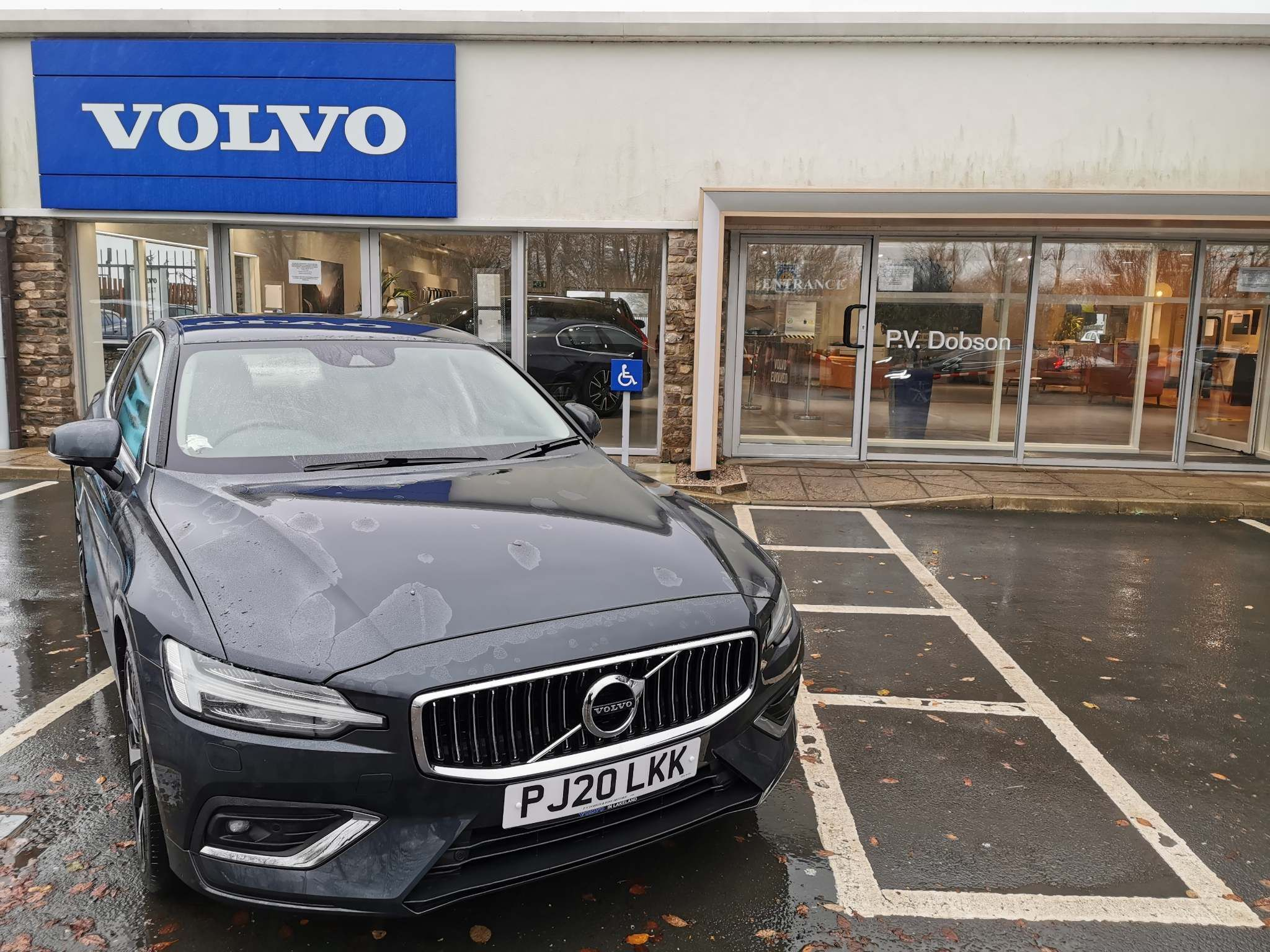 Volvo S60 2.0 B5 Inscription Plus Geartronic 4dr Saloon