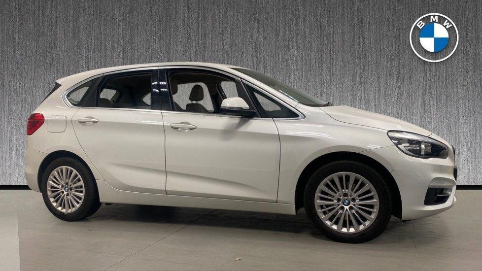 Image 3 - BMW 218d Luxury Active Tourer (PO15VTN)