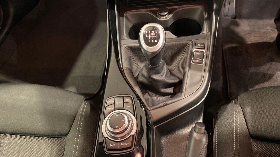 Image 6 - BMW 118i Sport 3-Door (LW17DCU)