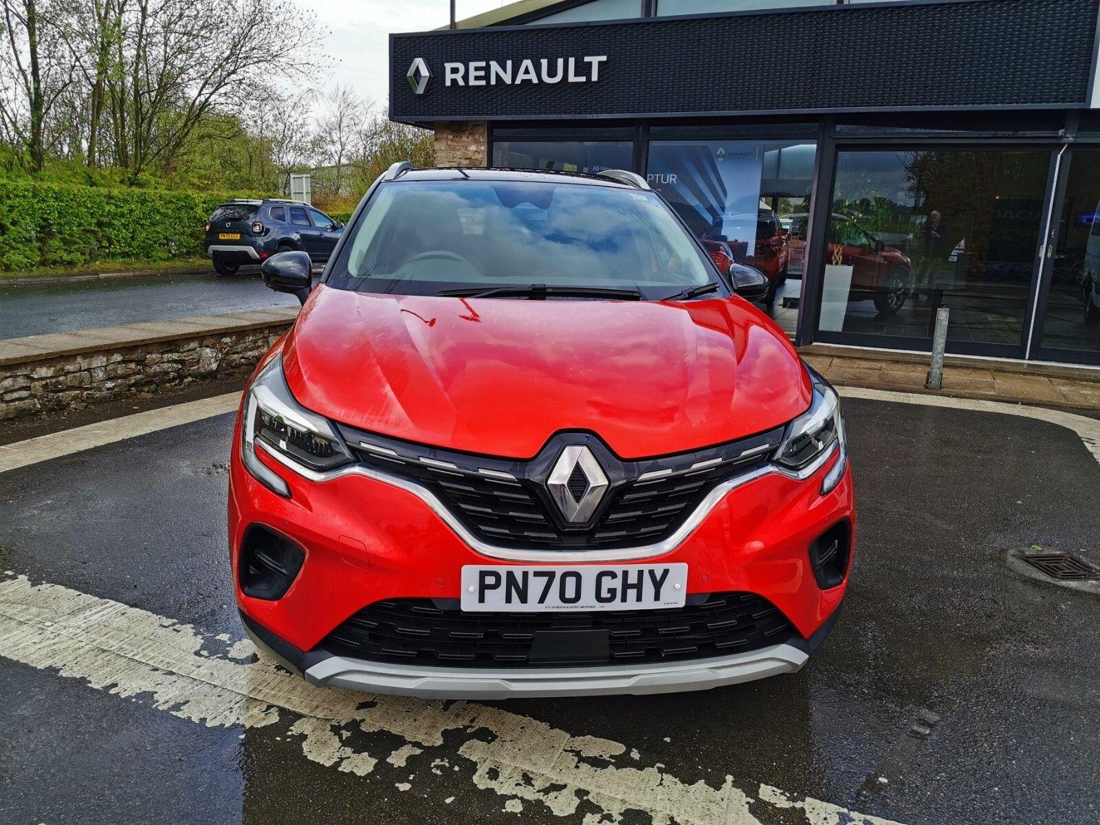 Renault Captur 1.3 TCe Iconic (s/s) 5dr
