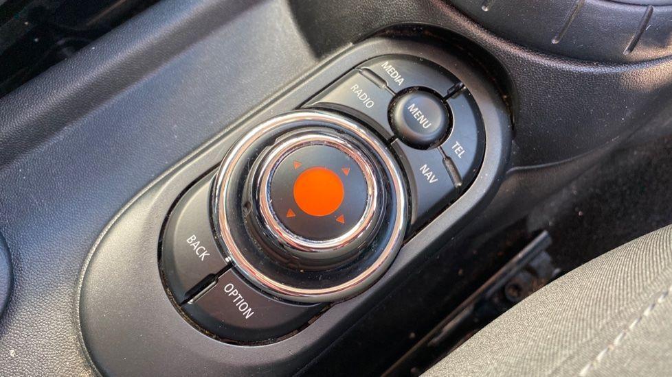 Image 19 - MINI Hatch (MA17XGE)