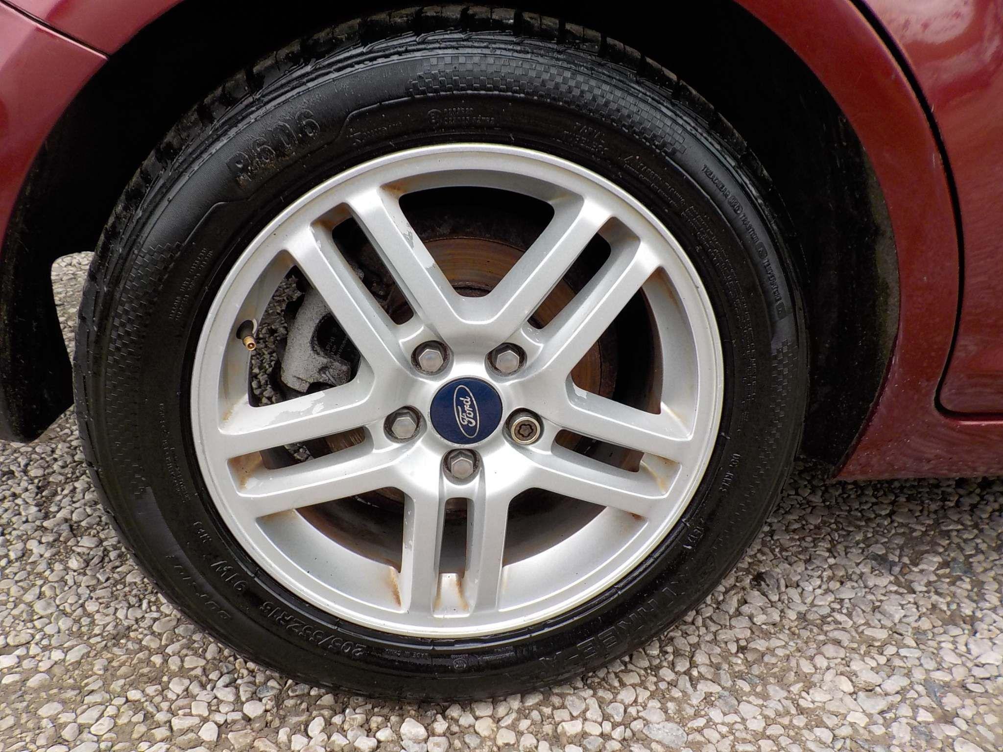 Ford Focus C-Max 1.6 16v Zetec 5dr