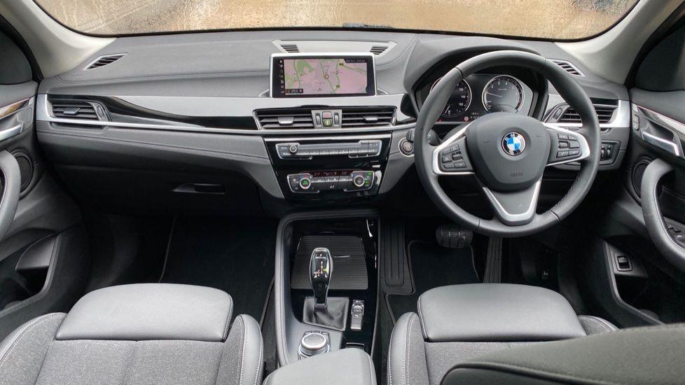 Image 4 - BMW sDrive18i Sport (YH20OYW)