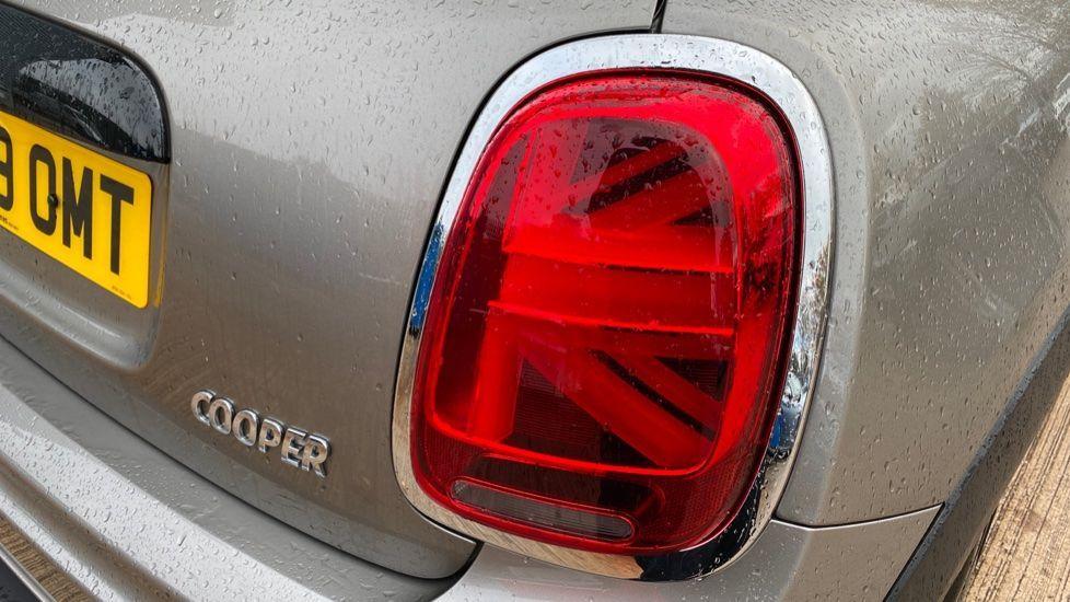 Image 21 - MINI Hatch (MW69OMT)