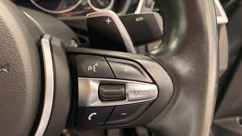 Image 25 - BMW 330d M Sport Saloon (MM17UNE)