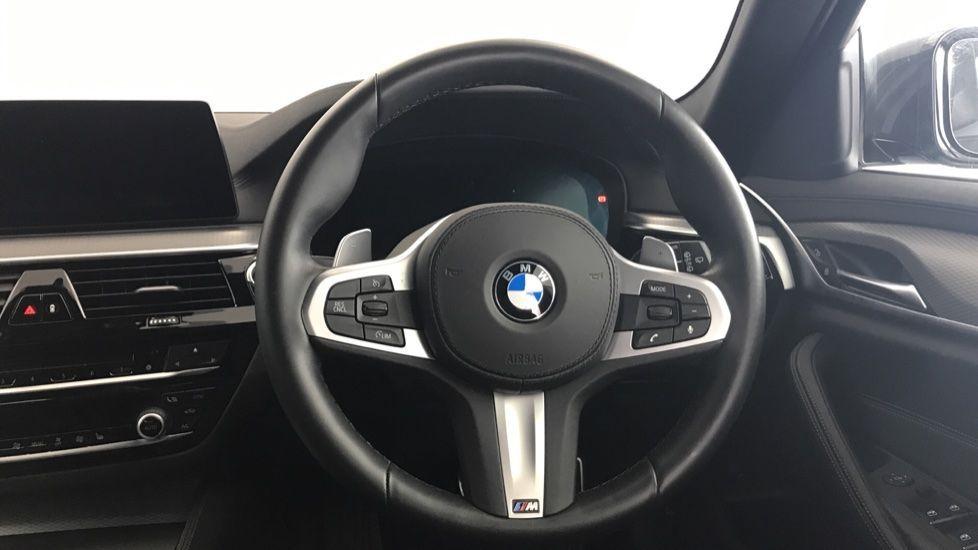 Image 8 - BMW 520d M Sport Touring (YL69UCE)
