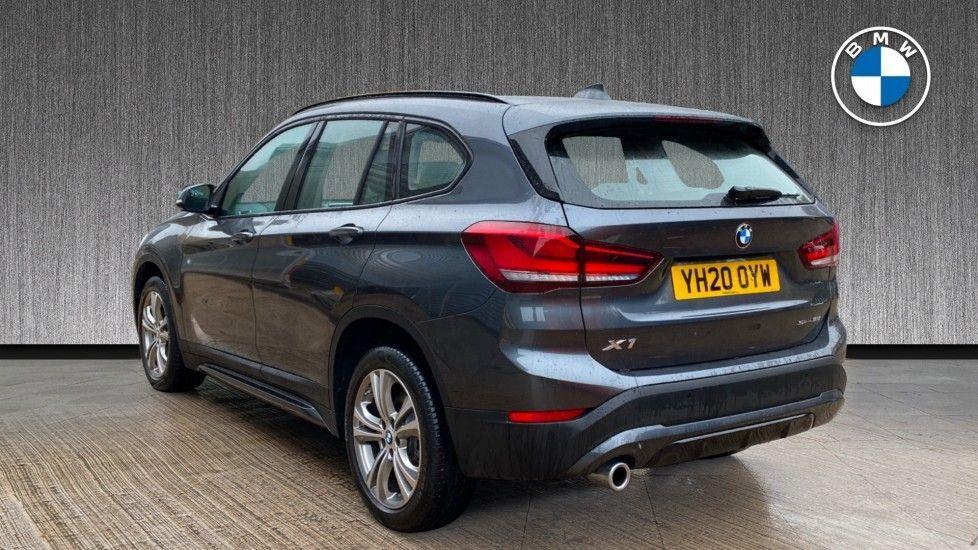 Image 2 - BMW sDrive18i Sport (YH20OYW)