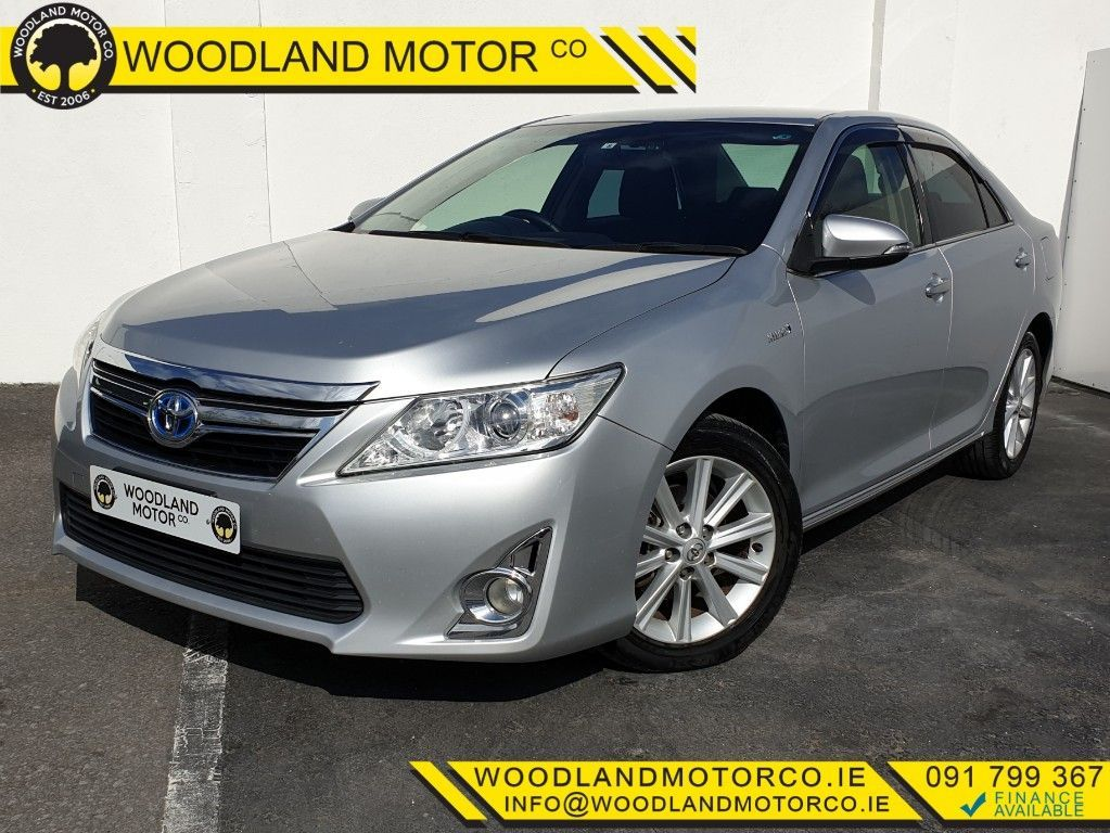 Toyota Camry HYBRID / LOW MILEAGE  / TAX €190 (142)