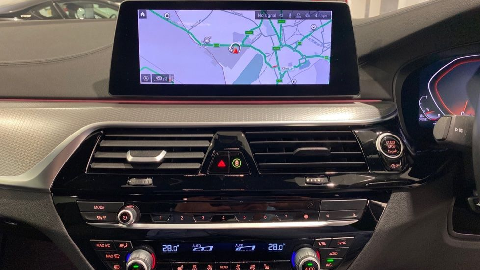 Image 5 - BMW 520d M Sport Saloon (YA69FKW)