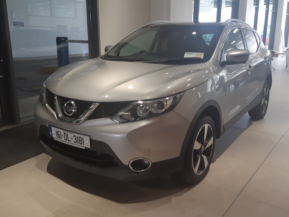 Nissan Qashqai 1.5 DCI N-TEC+ ( Glass Roof, Front Camera,Reverse Camera, Parking Sensors, Navigation, Bluetooth, Full Service History)