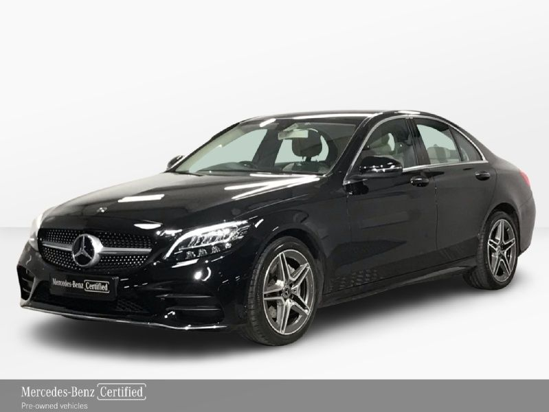 Mercedes-Benz C-Class 180 Automatic - 18 Inch Alloys - Leather Interior - Reversing Camera - Climate Control - Heated Seats - Cruise Control - Auto Lights & Wipers