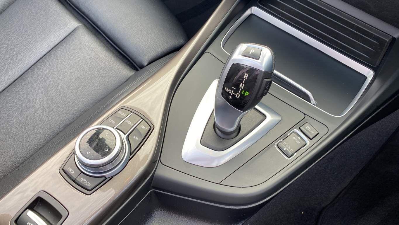 Image 19 - BMW 218i Sport Convertible (CX67MOA)