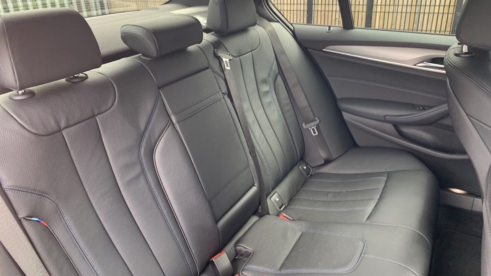 Image 12 - BMW 520d xDrive M Sport Saloon (SE19ZXV)