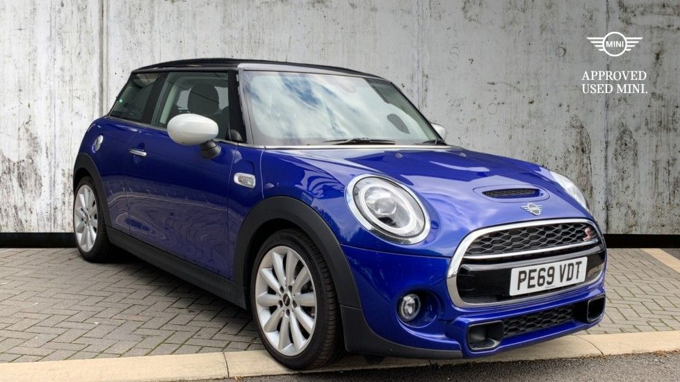 Image 1 - MINI Hatch (PE69VDT)