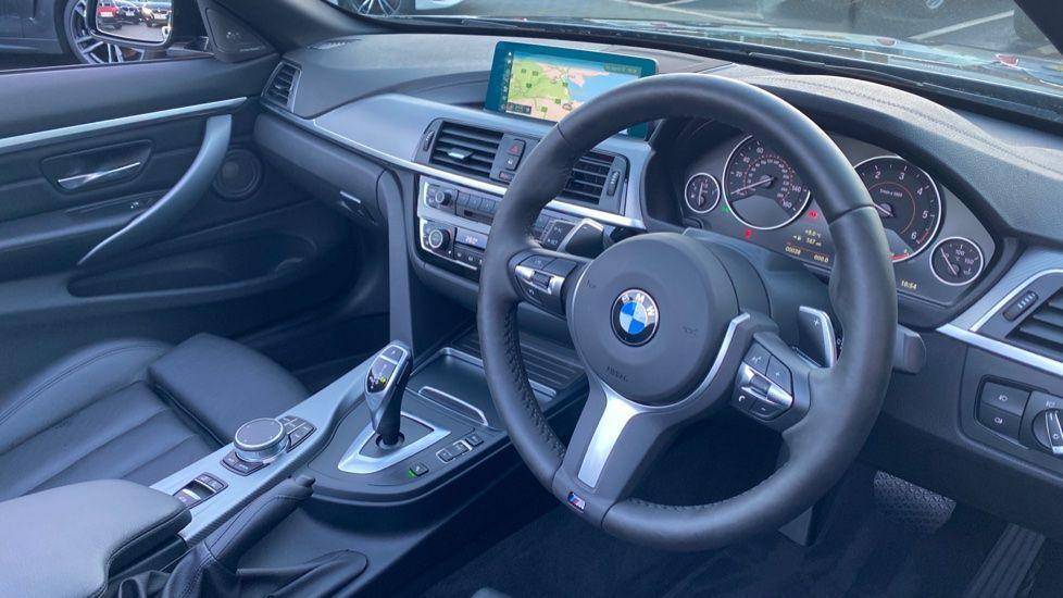 Image 5 - BMW 420d M Sport Convertible (CX20KCV)