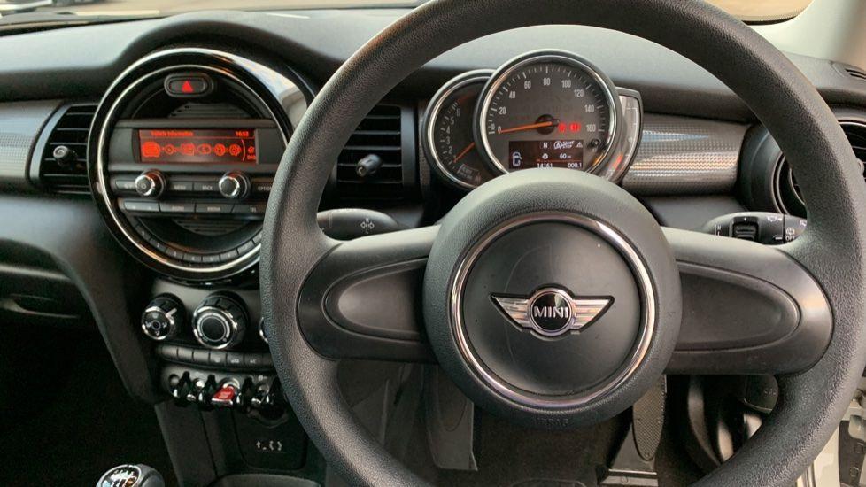 Image 8 - MINI Hatch (CX18SWF)