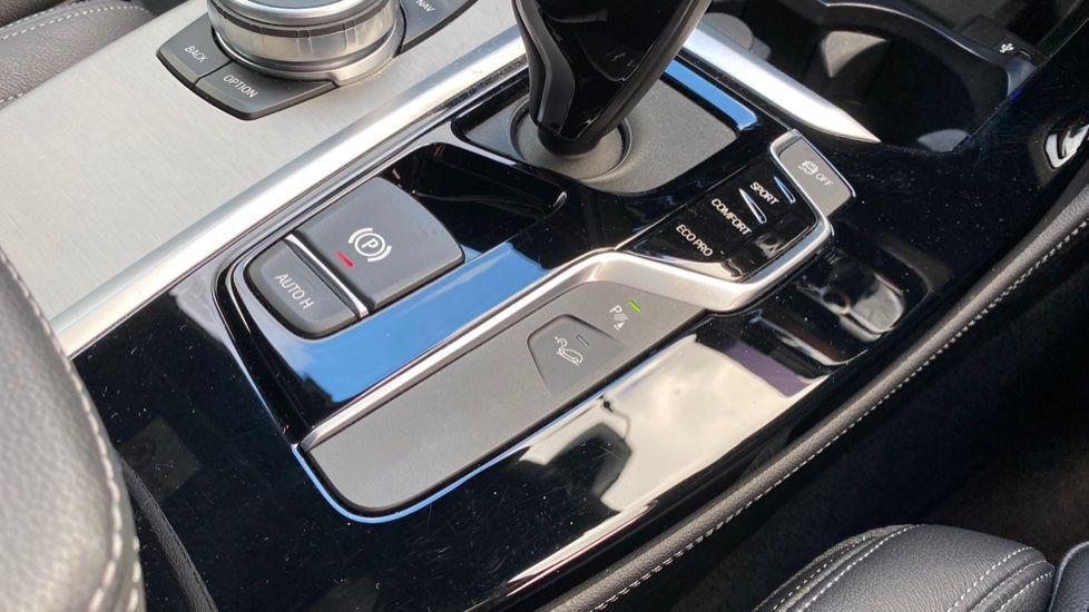 Image 20 - BMW xDrive30d M Sport (MJ19WHP)
