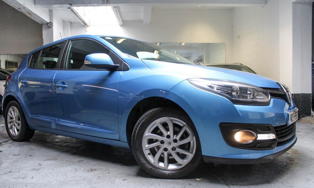 Renault Megane III DYNAMIQUE 1.5 DCI ONLY 58K LOW ROAD TAX ALLOYS FSH NEW NCT 11/22