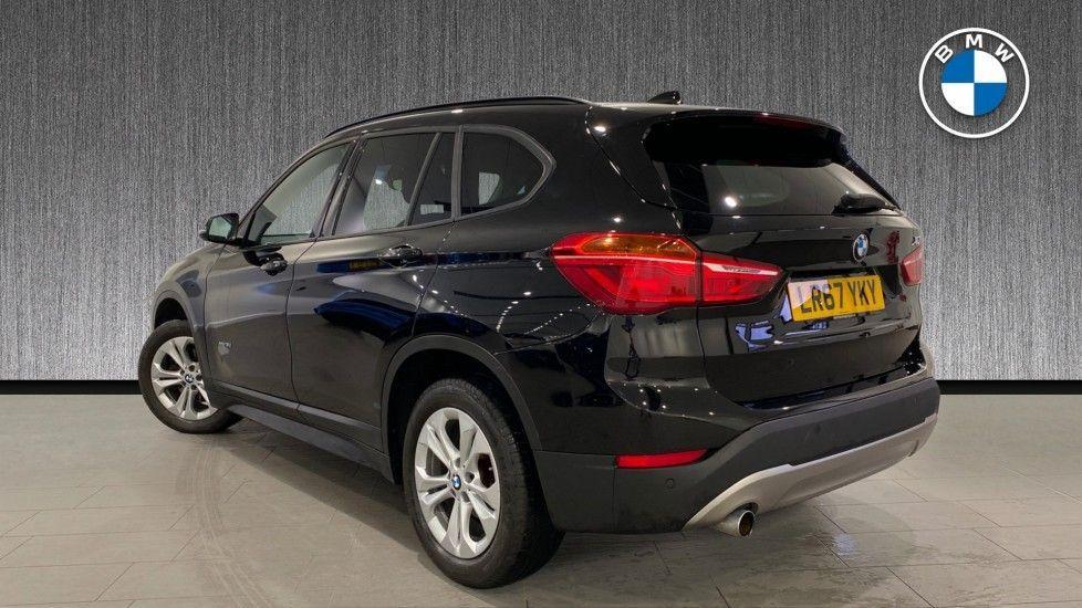 Image 2 - BMW xDrive18d SE (LR67YKY)