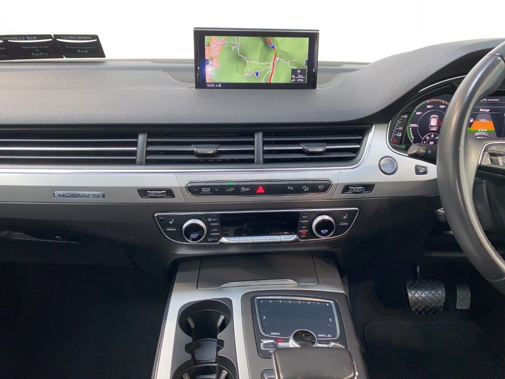 Used Audi Q7 *5 Seat N1 Bus.Class* 3.0 TDI E-TRON (2018 (181))
