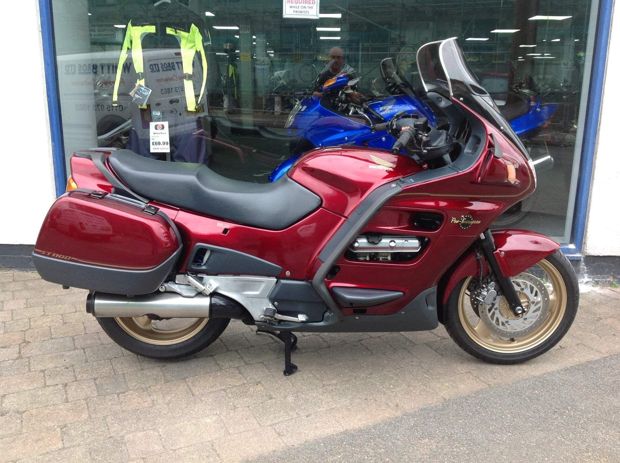 Honda ST1100 Pan European 1100 AY Pan European