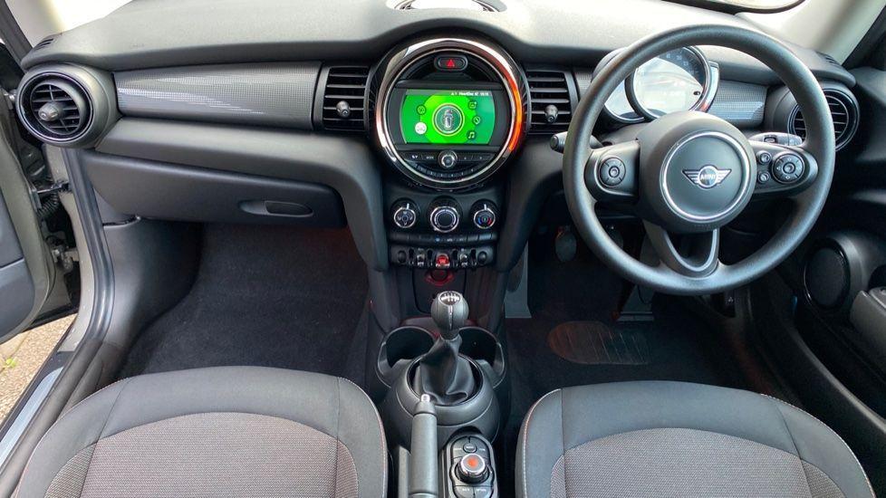 Image 4 - MINI Hatch (YG20XXS)