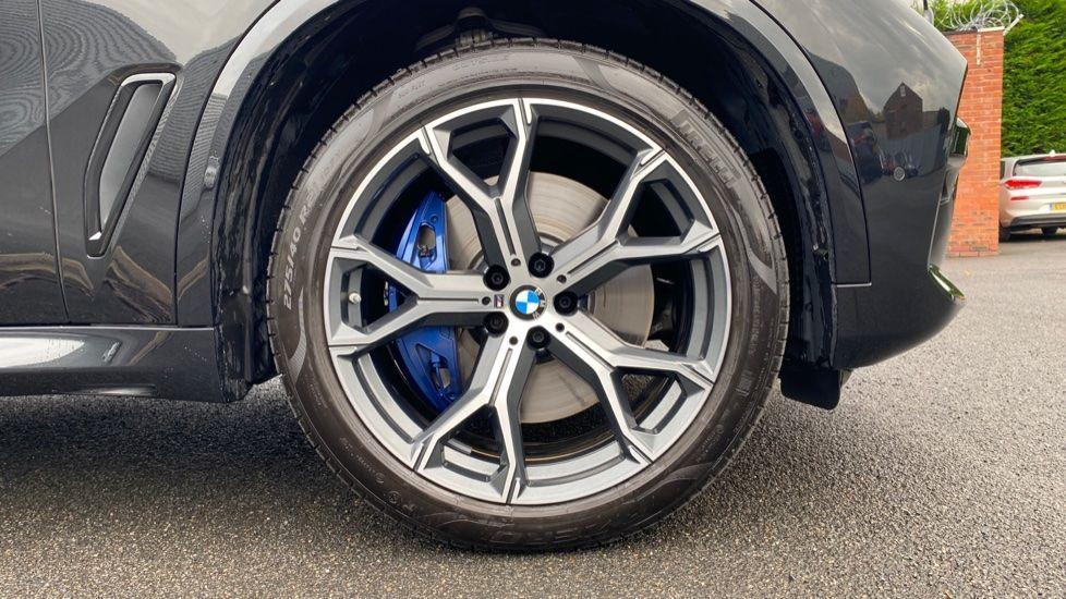 Image 14 - BMW xDrive30d M Sport (YG20OYT)