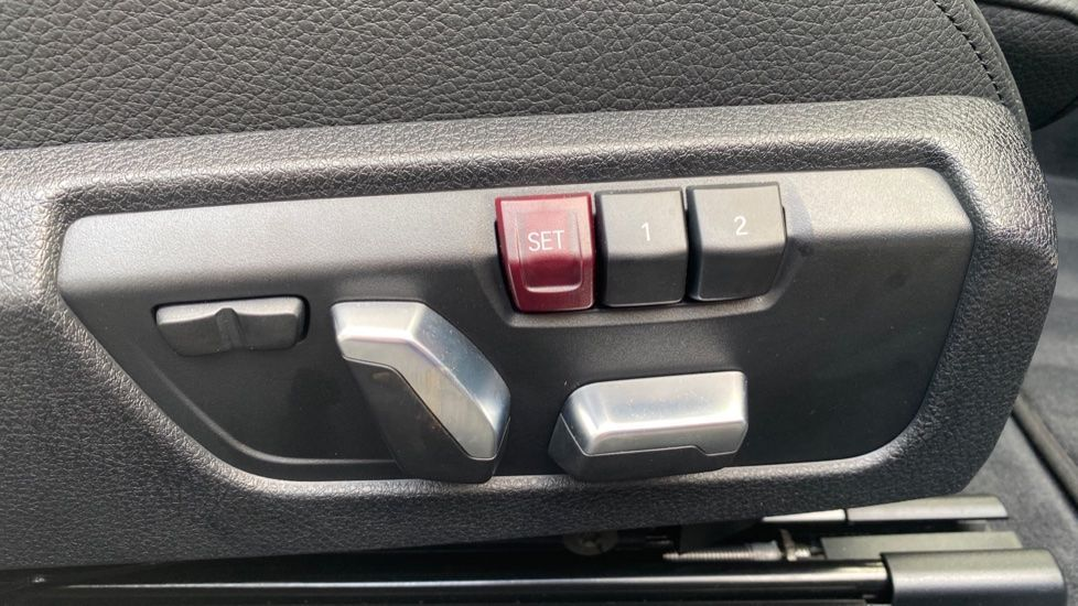Image 18 - BMW 435d xDrive M Sport Convertible (CX20VWF)