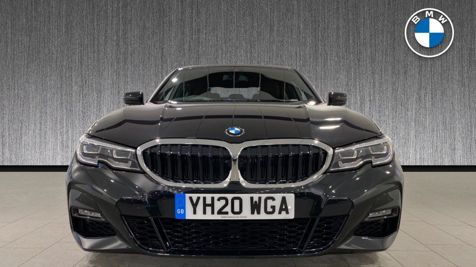 Image 16 - BMW 320i M Sport Saloon (YH20WGA)