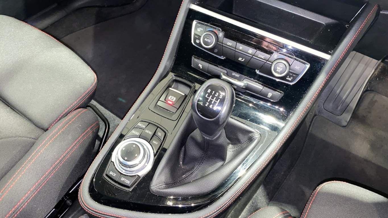 Image 10 - BMW 218d Sport Gran Tourer (DA16SXW)