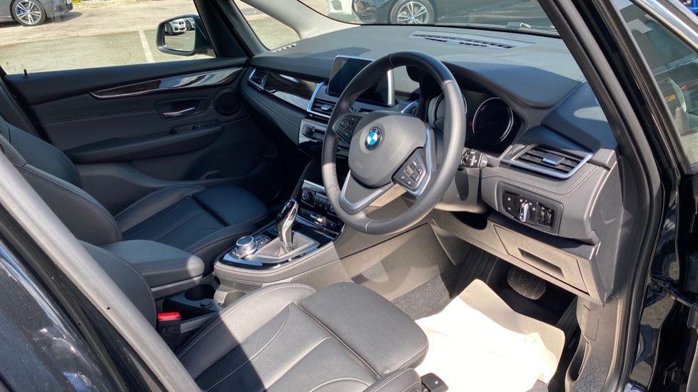 Image 5 - BMW 218i Luxury Active Tourer (YC69FNN)
