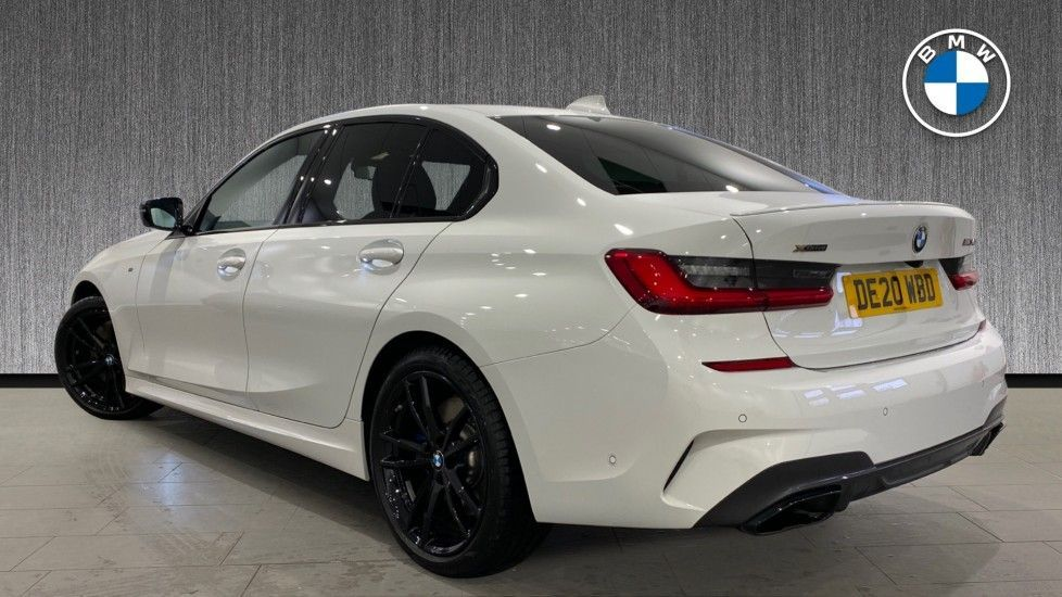Image 2 - BMW M340i xDrive Saloon (DE20WBD)