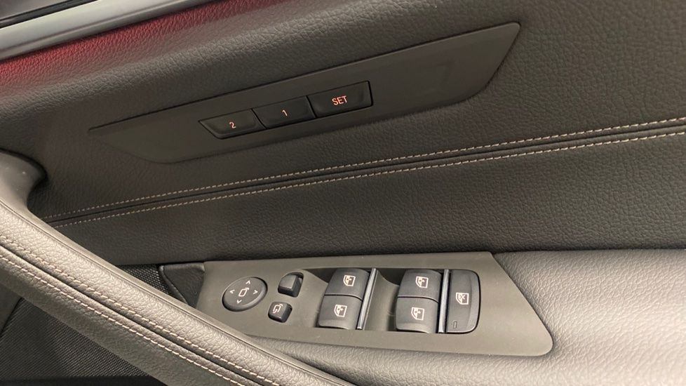 Image 19 - BMW 520d SE Touring (YC20VWA)