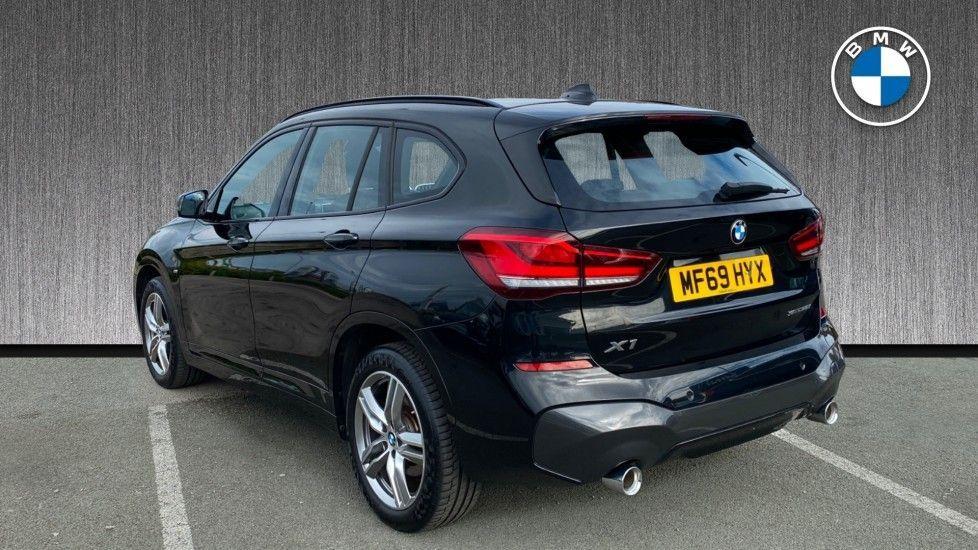Image 2 - BMW sDrive20i M Sport (MF69HYX)