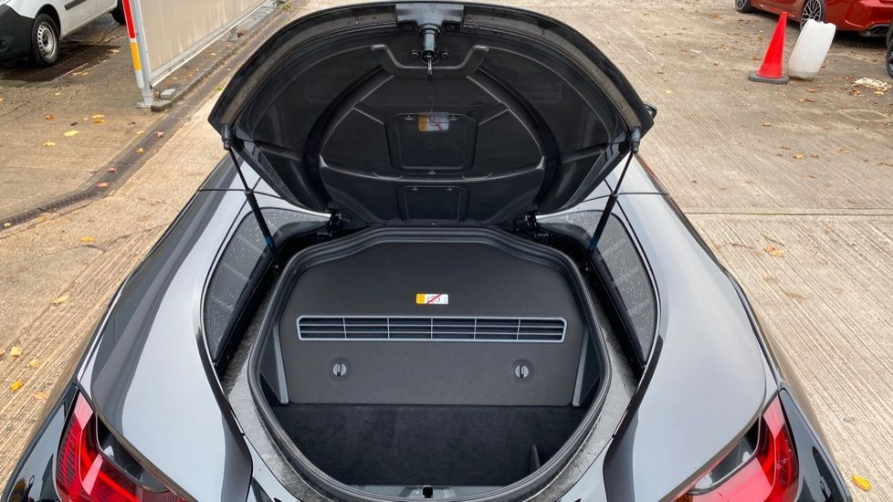 Image 13 - BMW Roadster (YH68JMK)