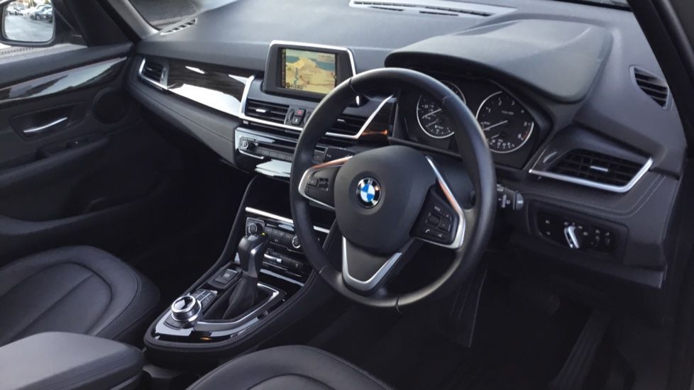 Image 11 - BMW 218d Luxury Active Tourer (CY16KVX)