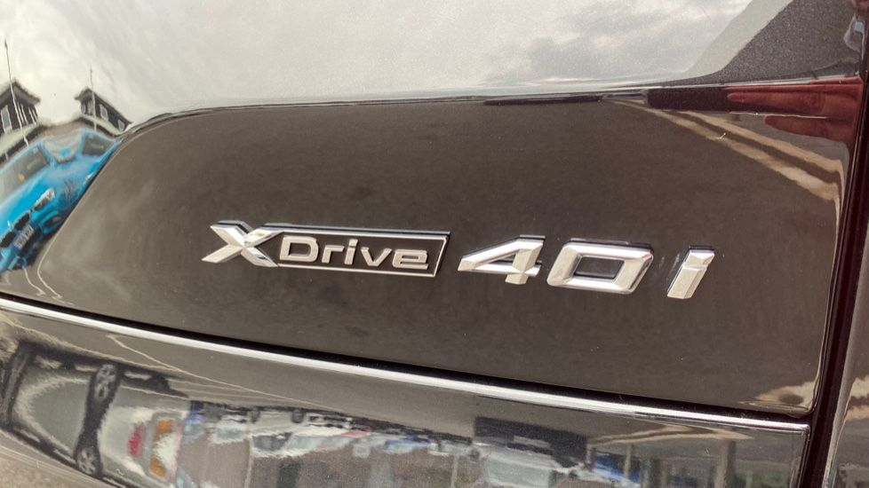 Image 21 - BMW xDrive40i M Sport (YL69YOF)