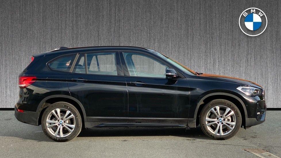Image 3 - BMW sDrive18i Sport (YH20WBT)