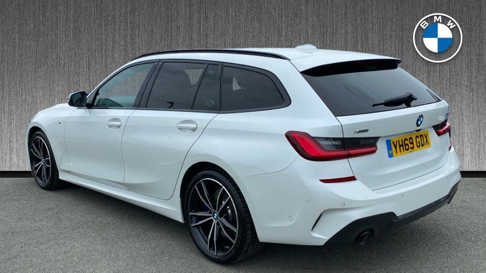 Image 2 - BMW 320d xDrive M Sport Touring (YH69GDX)