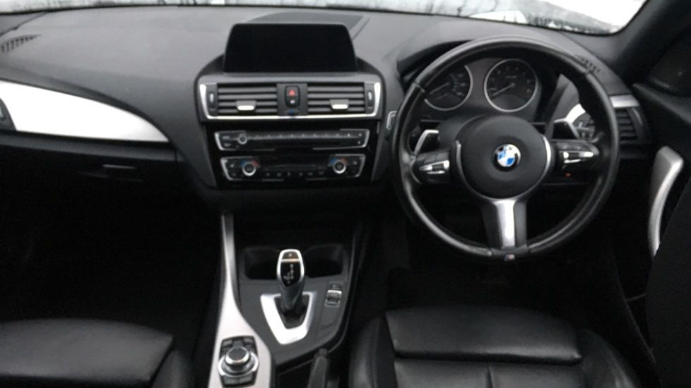 Image 11 - BMW M140i 5-door (MF17NPO)