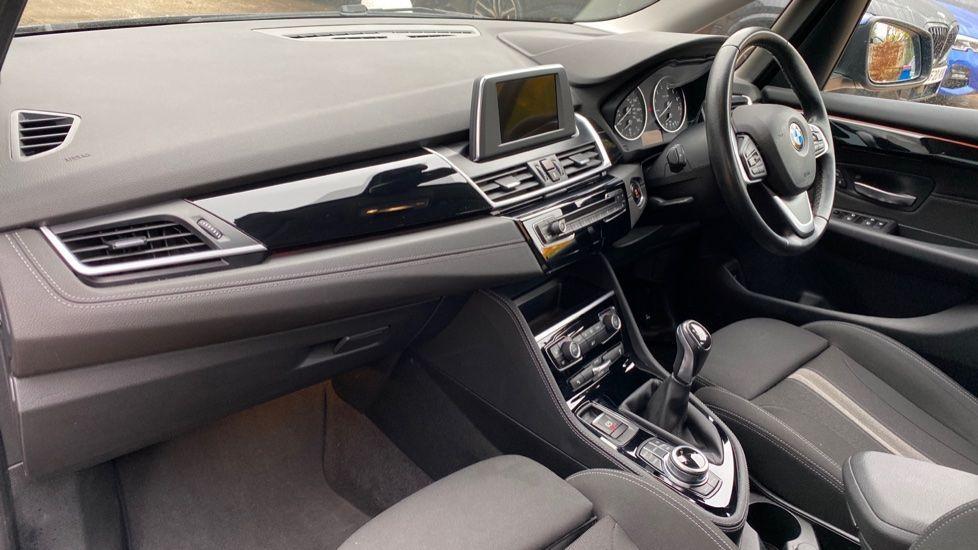 Image 6 - BMW 218i Sport Active Tourer (ML66AYW)