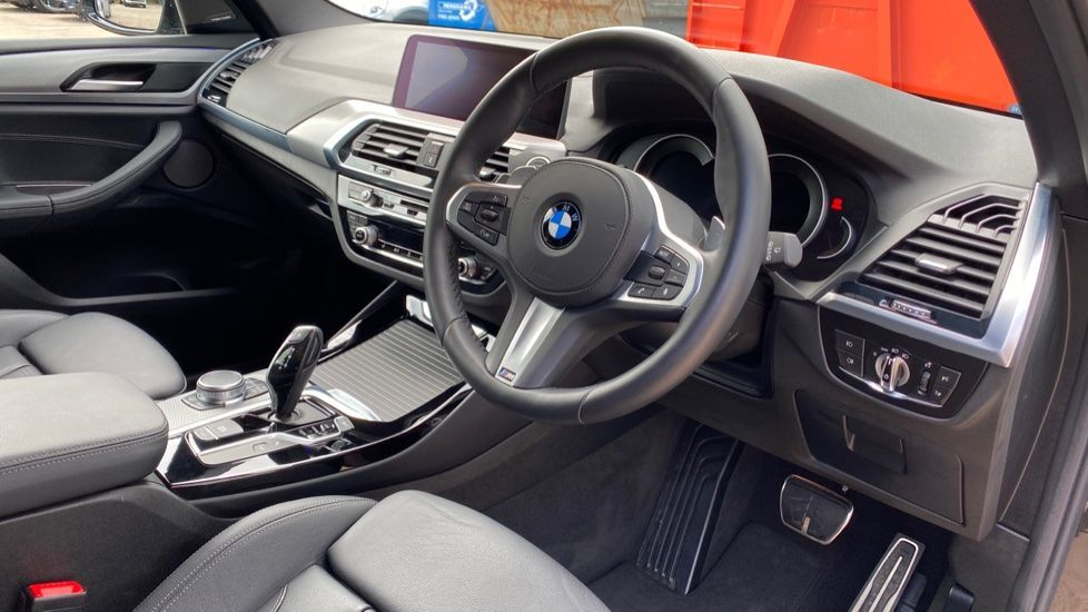 Image 5 - BMW xDrive20d M Sport (MJ69NYC)