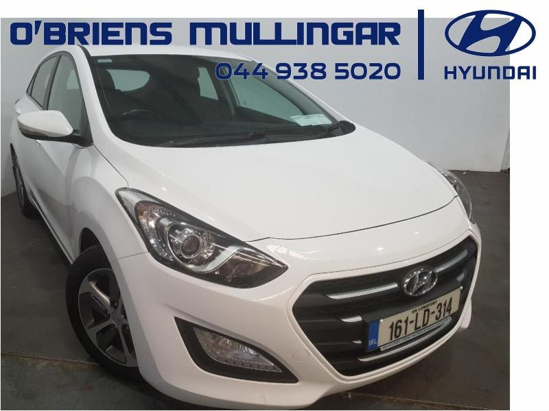 Hyundai i30 1.6 DELUXE 5DR
