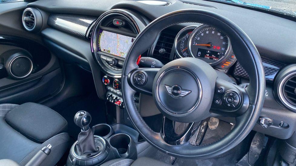 Image 5 - MINI Hatch (MF15LGW)
