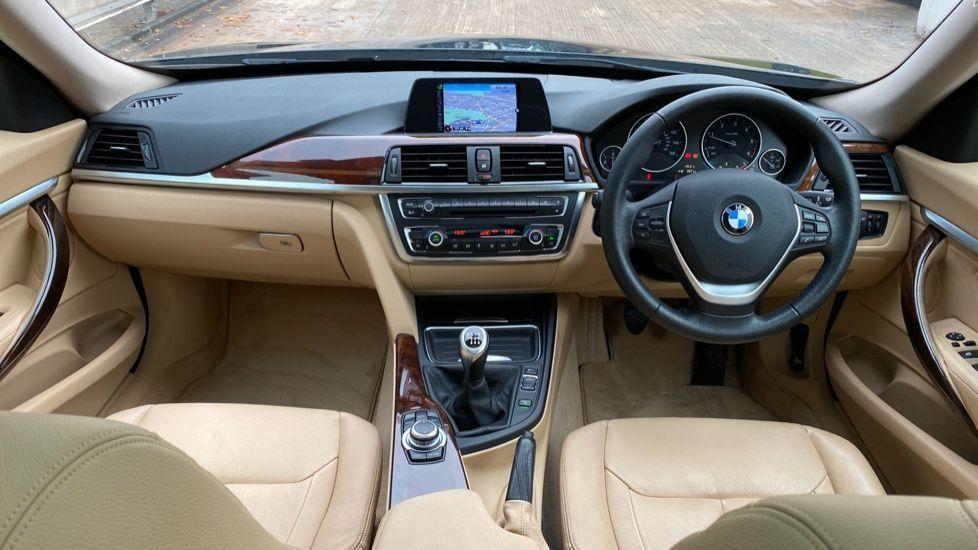 Image 4 - BMW 320d Luxury Gran Turismo (MX64WDM)