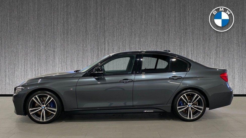 Image 3 - BMW 330d M Sport Saloon (MM17UNE)